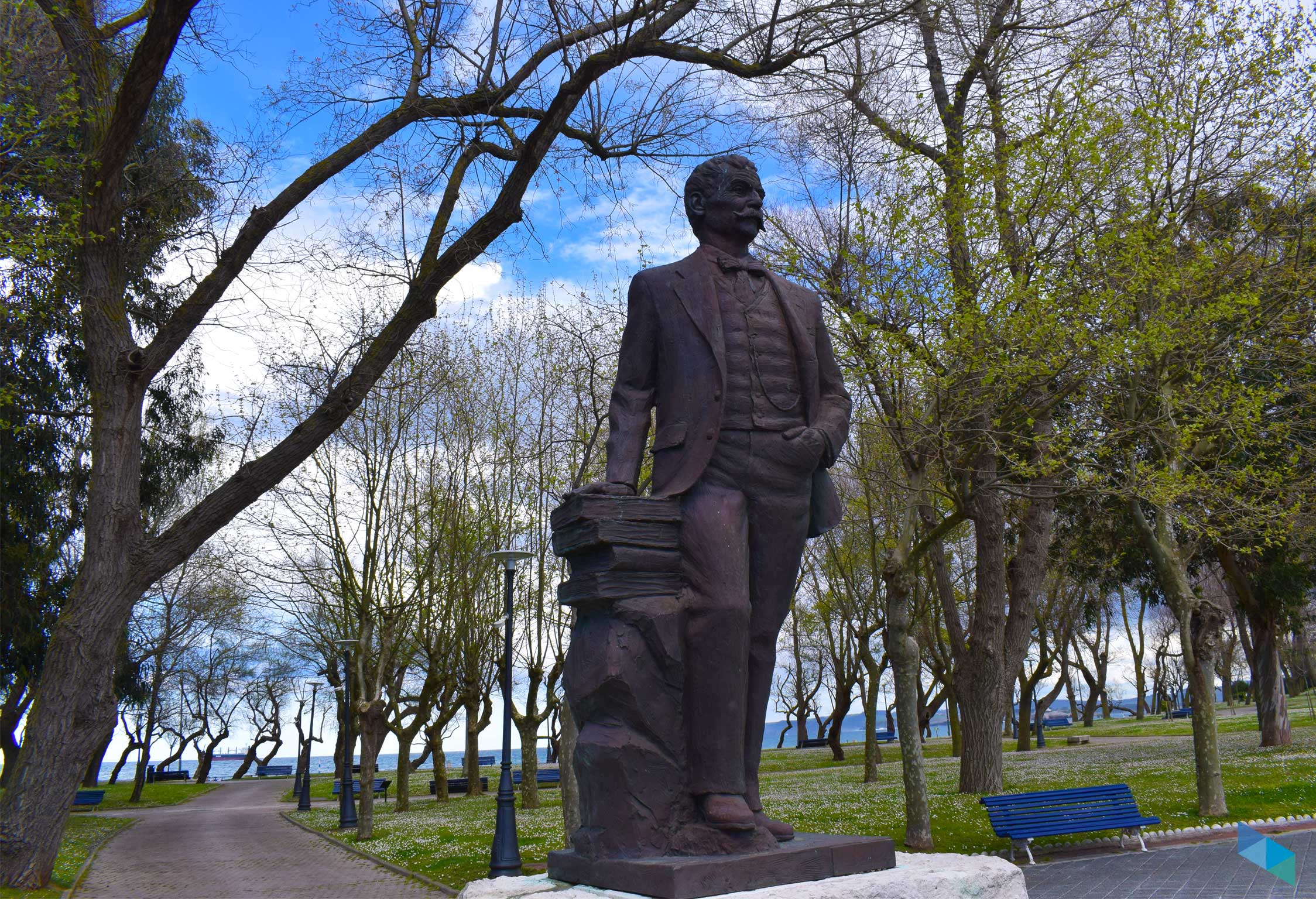 Parque de Mesones escultura alcalde