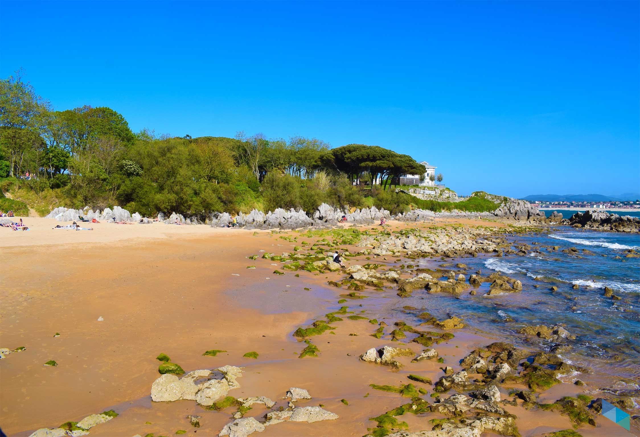 Playa de bikini Marea muy baja