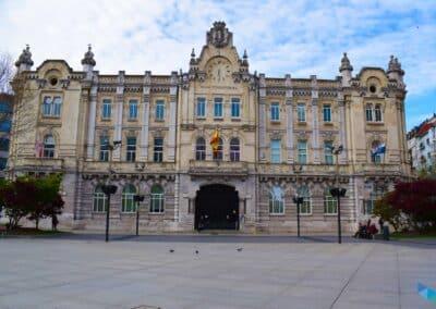 Plaza del Ayuntamiento frente al Ayuntamiento