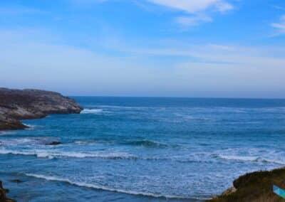 Playa de la Virgen del Mar con marea alta