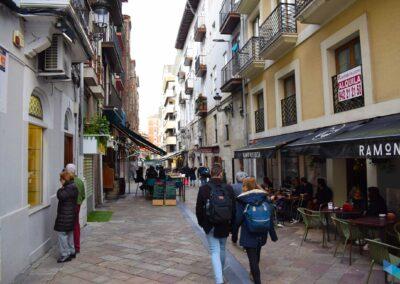 Calle del Medio y el Arrabal
