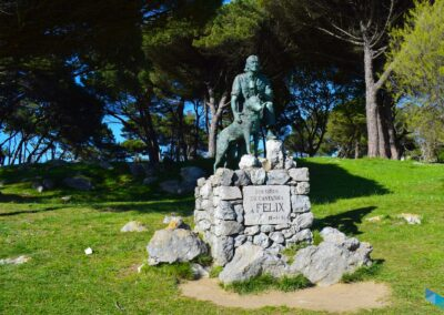 Península de la Magdalena monumento feliz