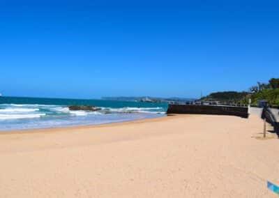 Playa de la Concha mar a dentro