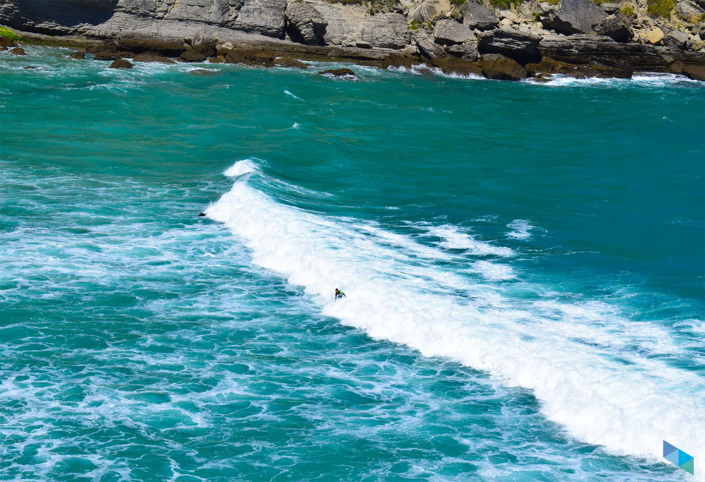 Playa de Mataleñas surf