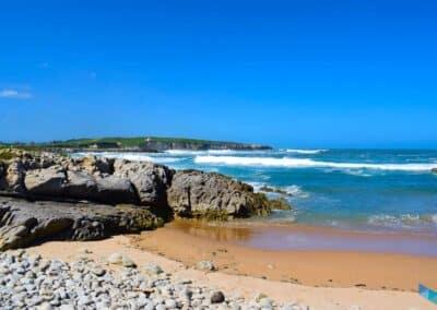 Playa de Rosamunda olas