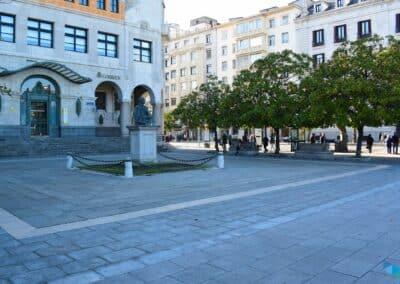 Plaza de Alfonso XIII Busto