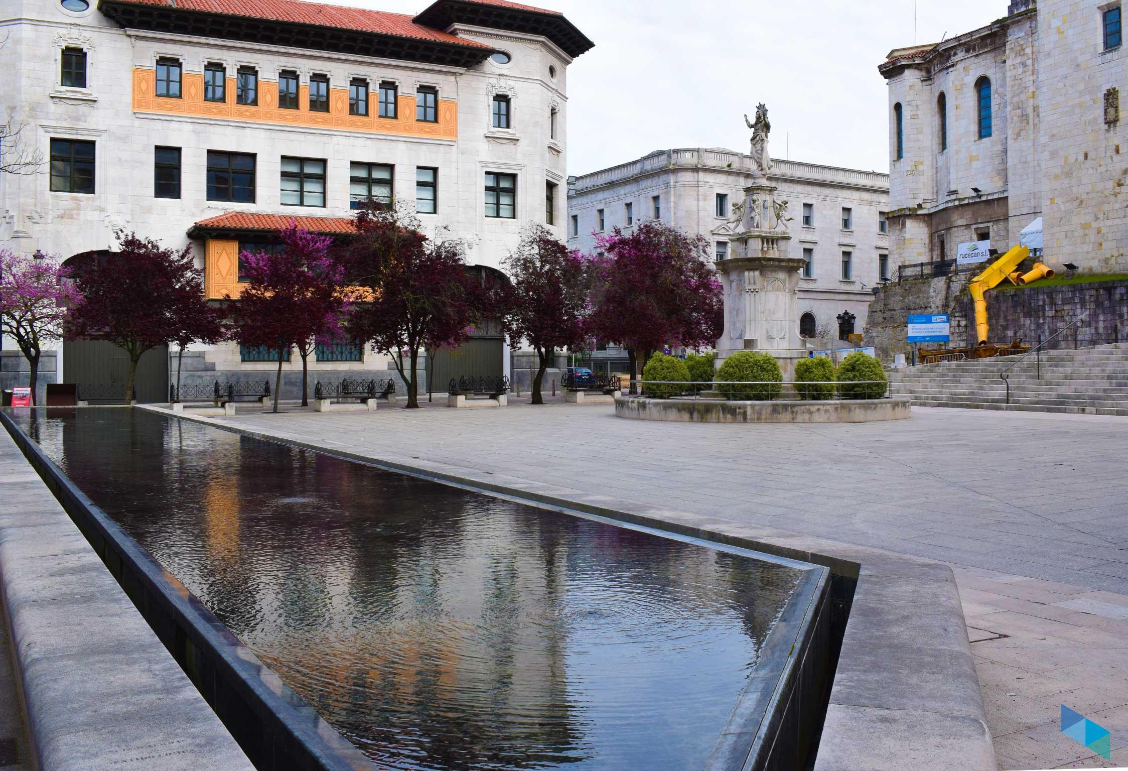 Plaza de las Atarazanas de días