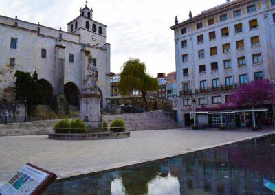 Plaza de las Atarazanas despejado