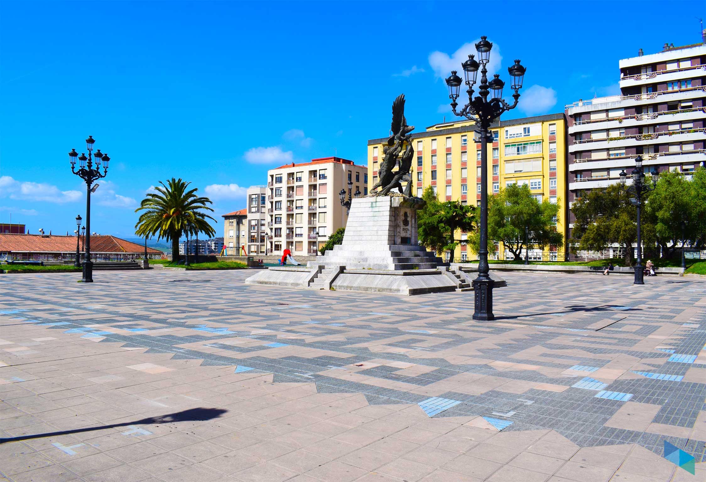 Plaza de Méjico estatua
