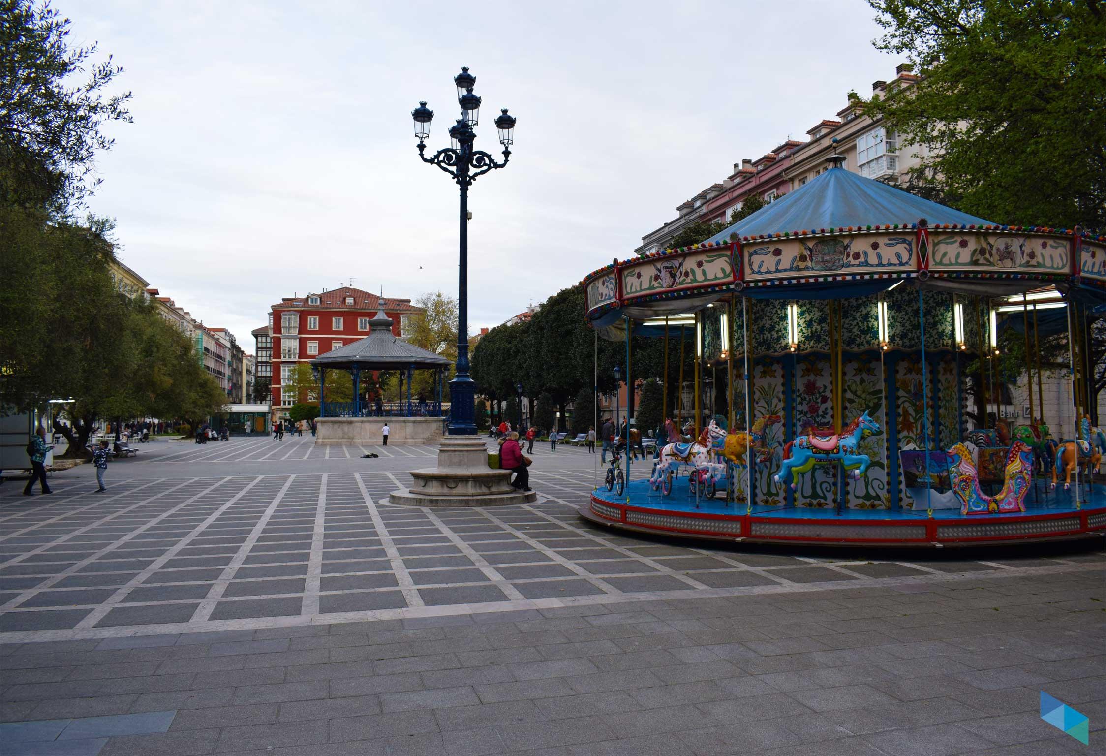 Plaza de Pombo tio vivo
