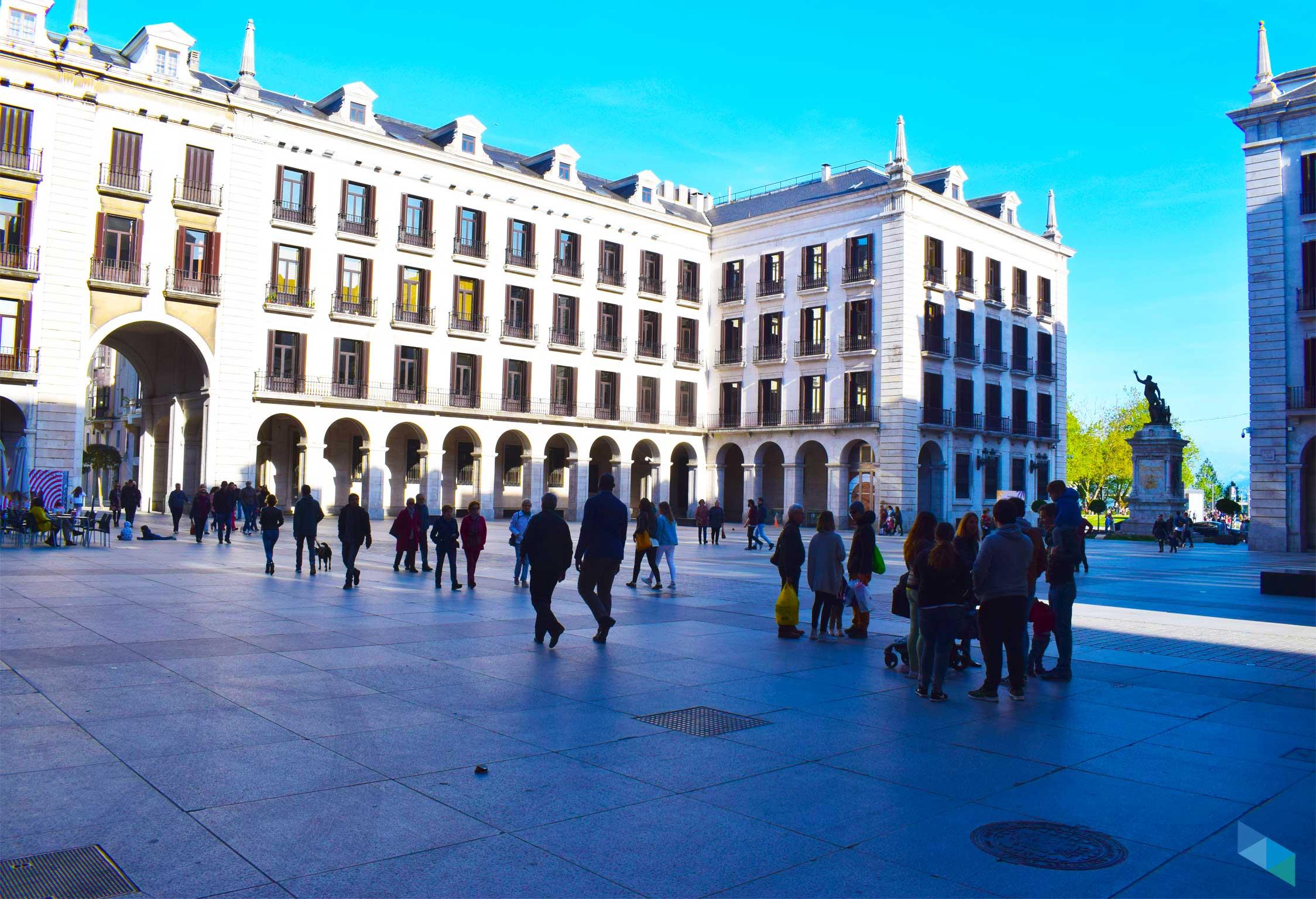 Plaza de Porticada