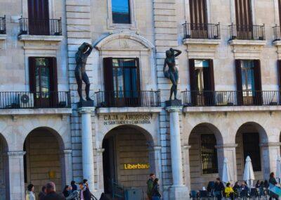 Plaza de Porticada de frente