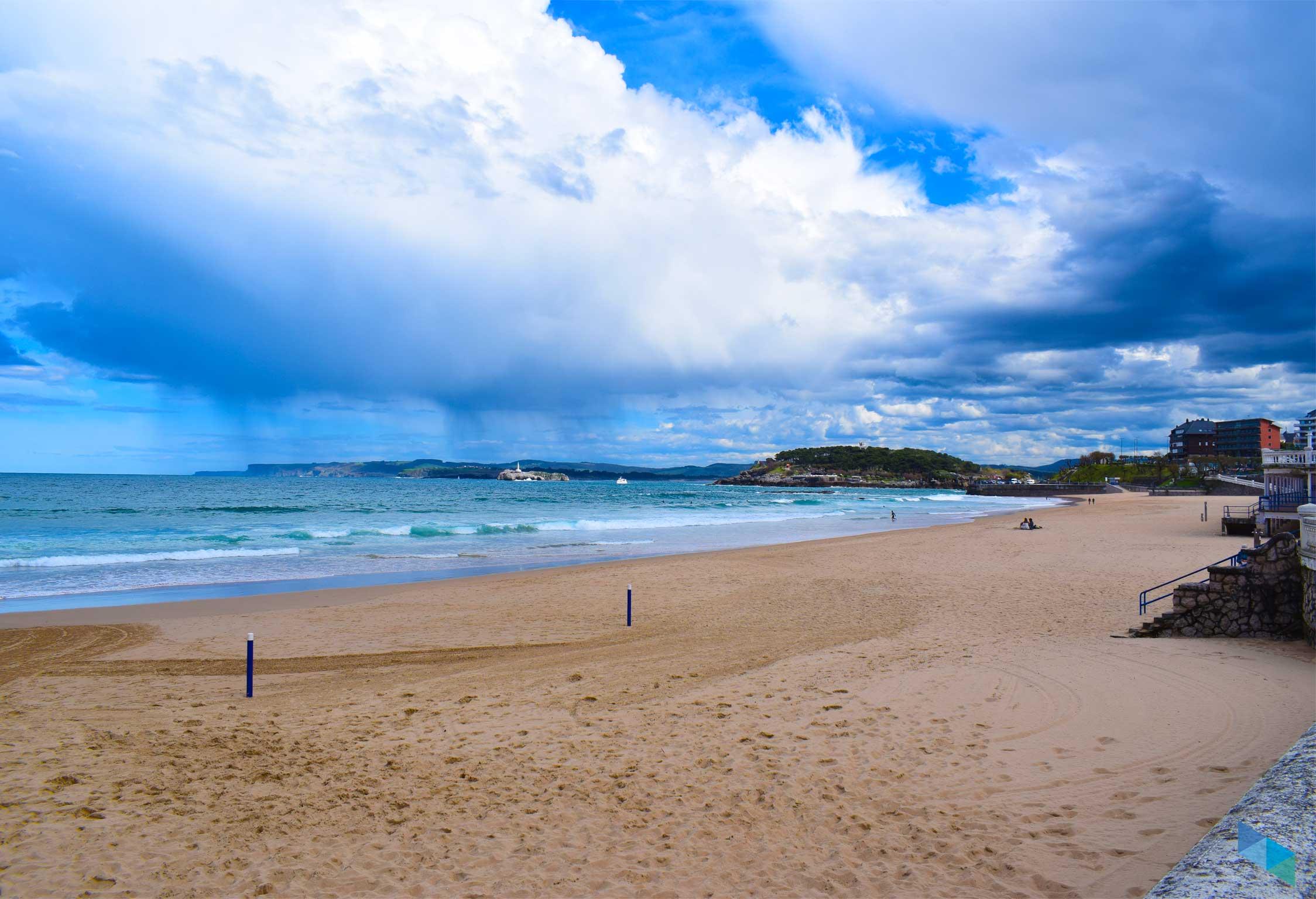 Primera Playa del Sardinero fuertes lluvias